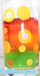 Трехслойное желе в стакане
