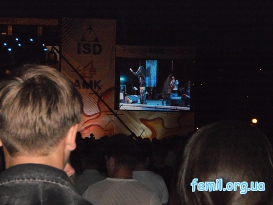 Гуляния в Алчевске, на экране Лолита