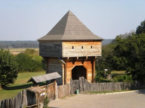 вход в музей в селе Субботов